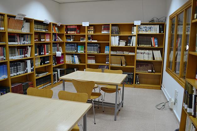 biblioteca_Sala-Juvenil