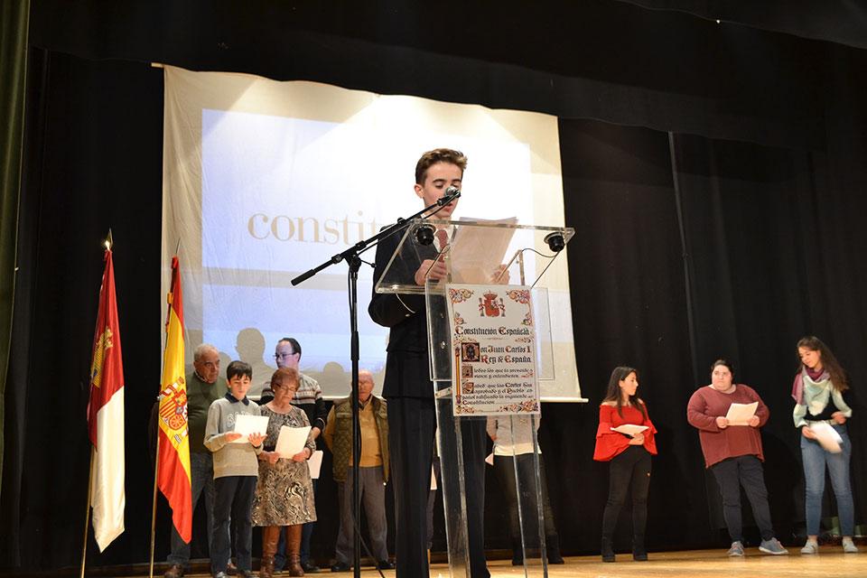 Homenaje-Constitucion-lectura-articulos
