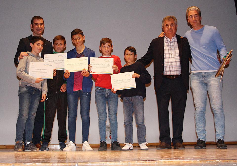 gala-del-deporte-equipo-infantil-masculino-baloncesto