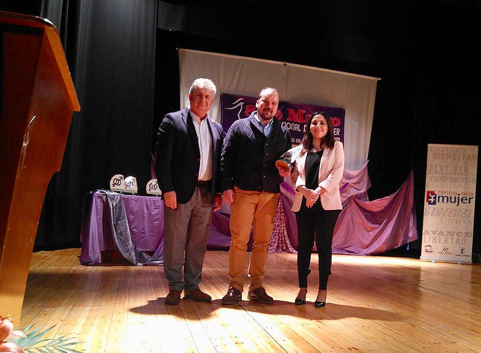 Galardones-por-la-Igualdad-premio-pte-AMPA-cole