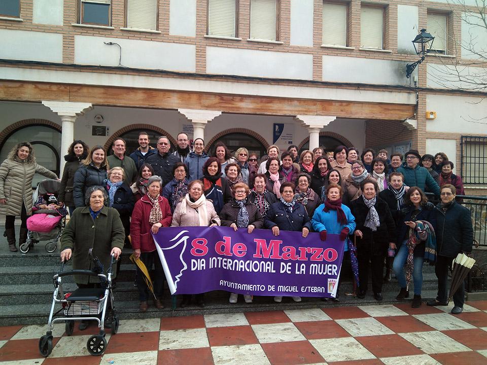 Dia-Mujer-marcha-por-la-igualdad2