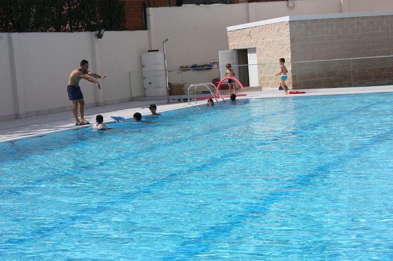 inauguracion-remodelacion-piscina,-cursos-natación